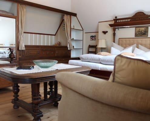 Albert room