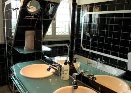 Rosamunde bathroom